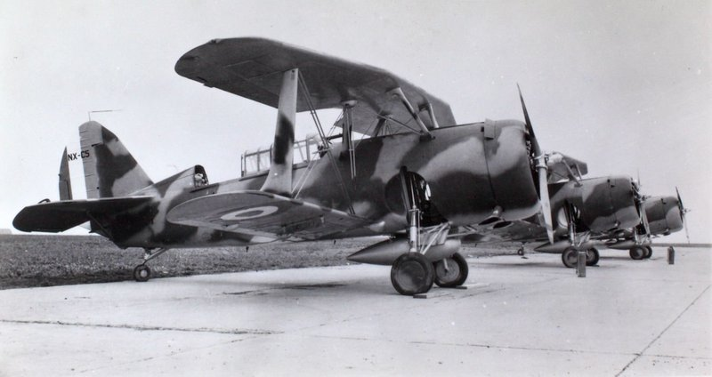 15_Curtiss_SBC-4_French.thumb.jpg.13fd3da232dbf3de07333bd6d4710805.jpg